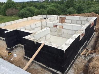 Готовый фундамент на свайном поле на забивных ж/б сваях