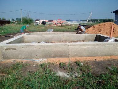 Фундамент на забивных железобетонных сваях с ростверком от компании Города