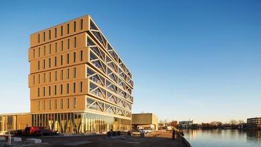 А вы знаете, что в России в 2021 году запланировано строительство первой деревянной многоэтажки?!