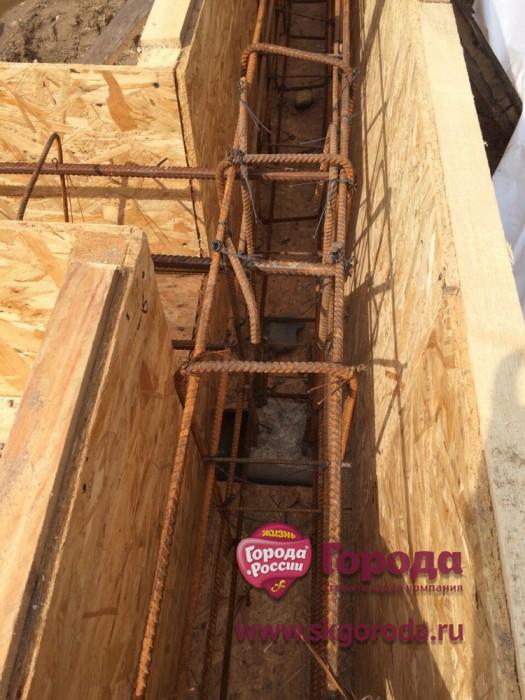 Фундамент на забивных ж/б сваях в комбинации с висячим ростверком для дома в Череповце от компании Стройматик
