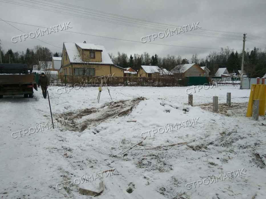 Фундамент на забивных ж/б сваях для дома из профилированного бруса в деревне Хлопенево Московской области от компании Стройматик