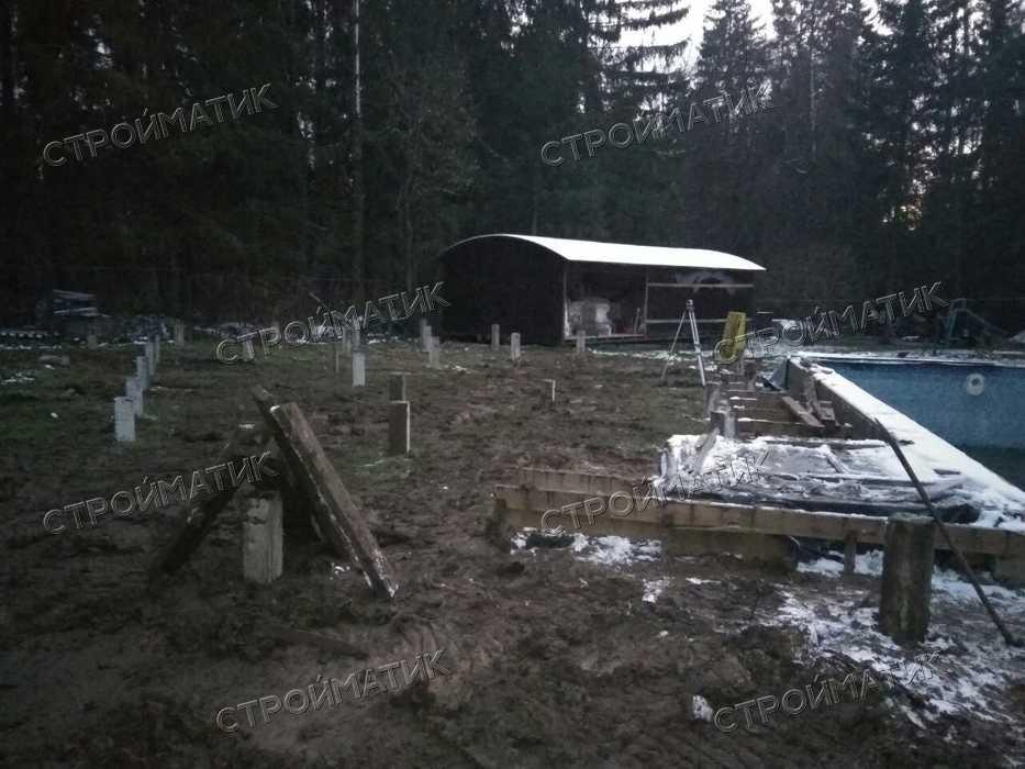 Фундамент на забивных ж/б сваях для spa-комплекса в деревне Хоругвино Московской области от компании Стройматик
