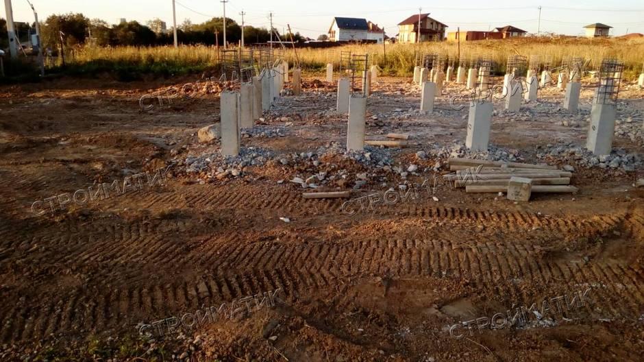 Фундамент на забивных ж/б сваях для тяжелого дома из газобетона в МО от компании Стройматик