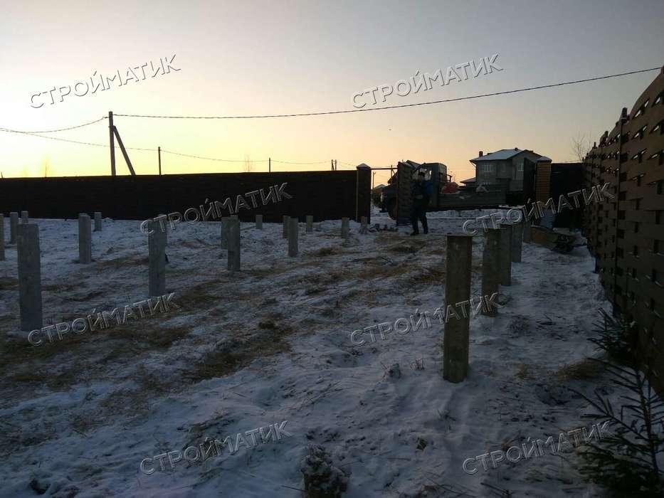 Фундамент на забивных ж/б сваях для дома из бруса в КП Сосновый берег-3 Московской области от компании Стройматик