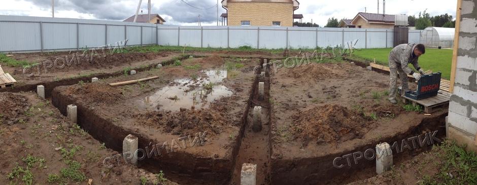 Фундамент на ж/б сваях для дома из пеноблоков в Кировской области