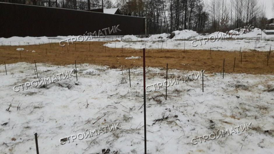Фундамент на забивных ж/б сваях для кирпичного дома в селе Рыкань Воронежской области от компании Стройматик