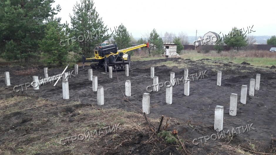 Фундамент на забивных ж/б сваях для дома из кирпича в СНТ Энергия Воронежской области от компании Стройматик