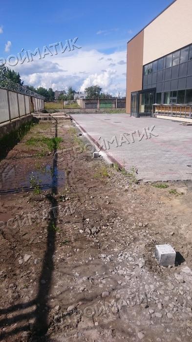 Фундамент для подпорной стенки на ж/б сваях возле теплотрассы в Петрозаводске от компании Стройматик