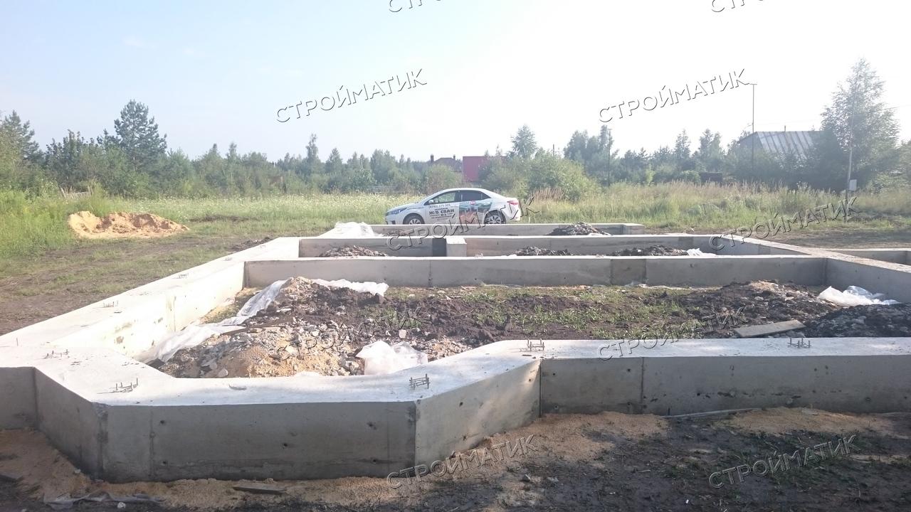 Свайный фундамент для дома на жб сваях с ростверком в Липецке от компании Стройматик