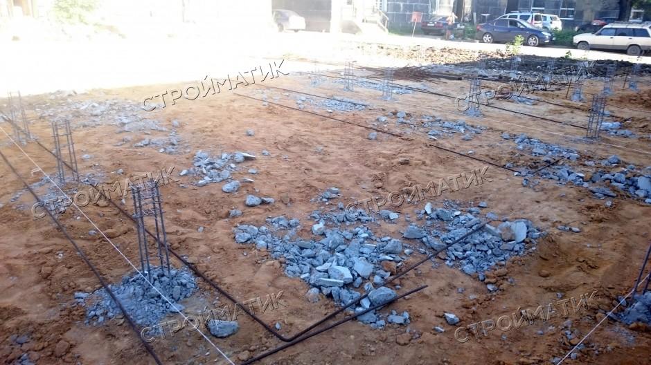 Свайный фундамент для двухэтажного здания завода «Полимер» на жб сваях с ростверком в Липецке от компании Стройматик