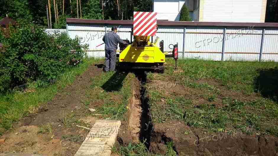 Фундамент на забивных ж/б сваях для гаража в селе Капитанщино, Липецкая область от компании Стройматик