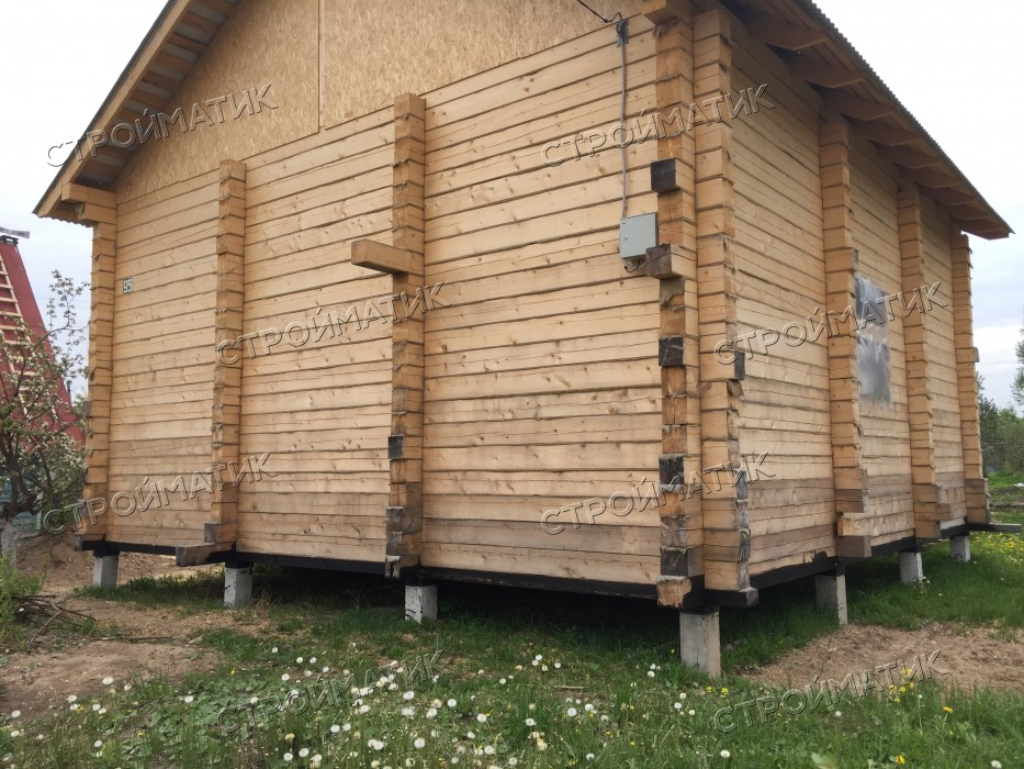 Фундамент на забивных ж/б сваях для дома из бруса в поселке под Вологдой от компании Стройматик