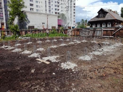 Фундамент на забивных ж/б сваях для каркасного дома в городе Рыбинск Ярославской области от компании Стройматик