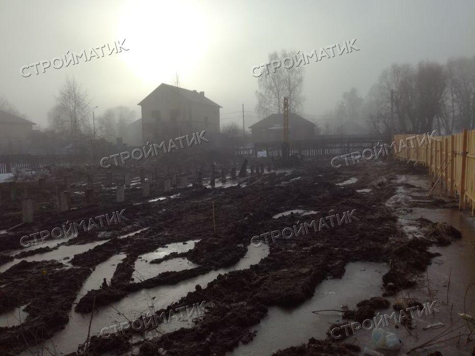 Фундамент на забивных ж/б сваях для кирпичного дома в городе Ярославль от компании Стройматик