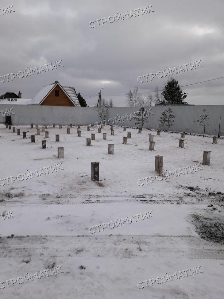 Фундамент на забивных ж/б сваях для дома в д. Князево Ленинградской области от компании Стройматик