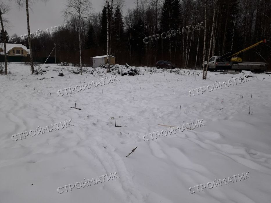 Фундамент на забивных ж/б сваях для дома в СНТ Макаровец-1 Ленинградской области от компании Стройматик
