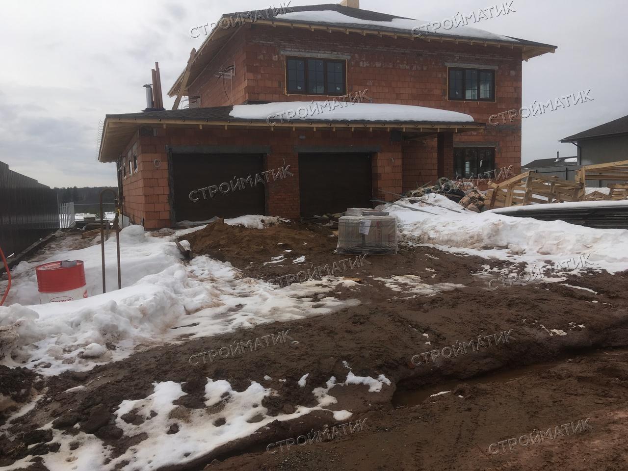 Фундамент на забивных ж/б сваях с бетонным ростверком для кирпичного дома в Ижевске от компании Стройматик
