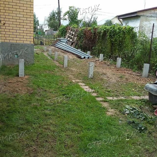 Фундамент на забивных ж/б сваях для бани из бруса в поселке Красное-на-Волге Костромской области от компании Стройматик