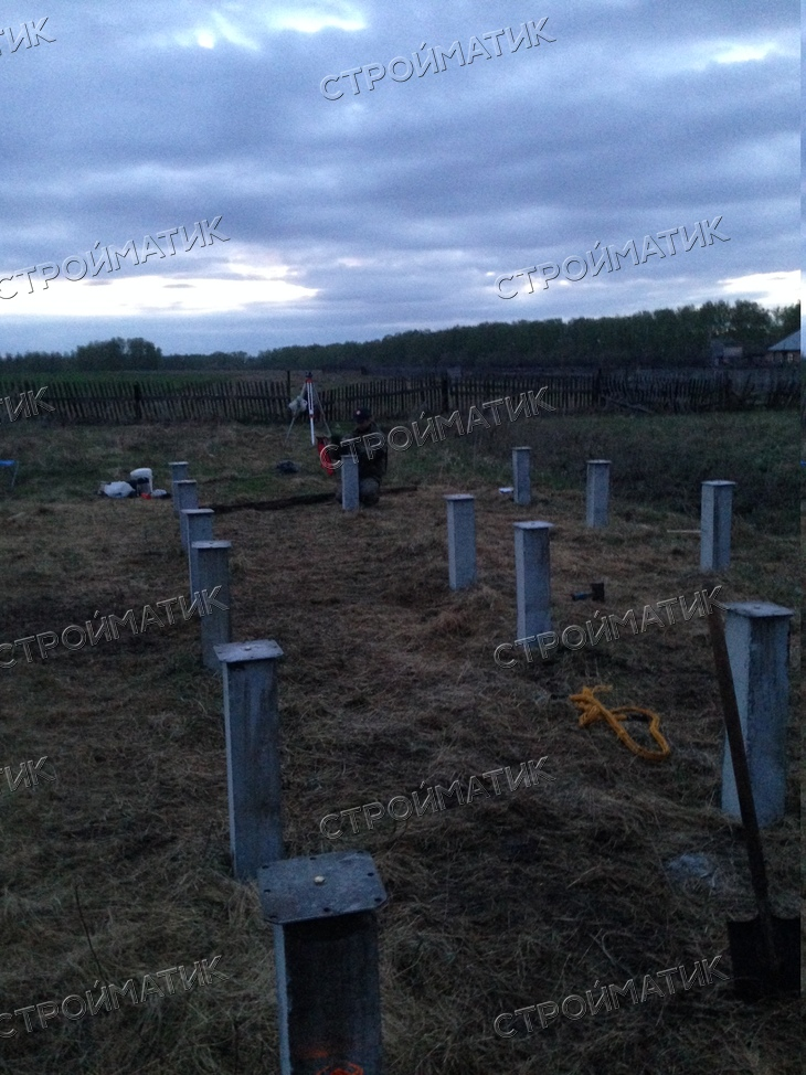 Фундамент на забивных ж/б сваях для дома из профилированного бруса поселок Красномайский, Новосибирский район от компании Стройматик