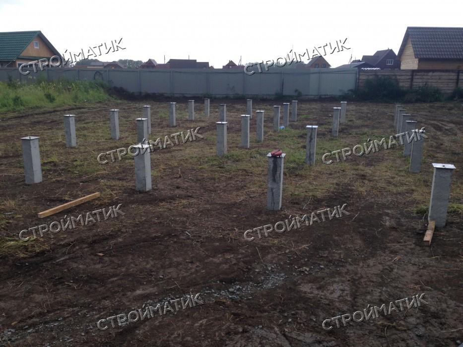Фундамент забивных на ж/б сваях для дома из бревна в поселке Красный Яр, СНТ Звездное Новосибирской области от компании Стройматик