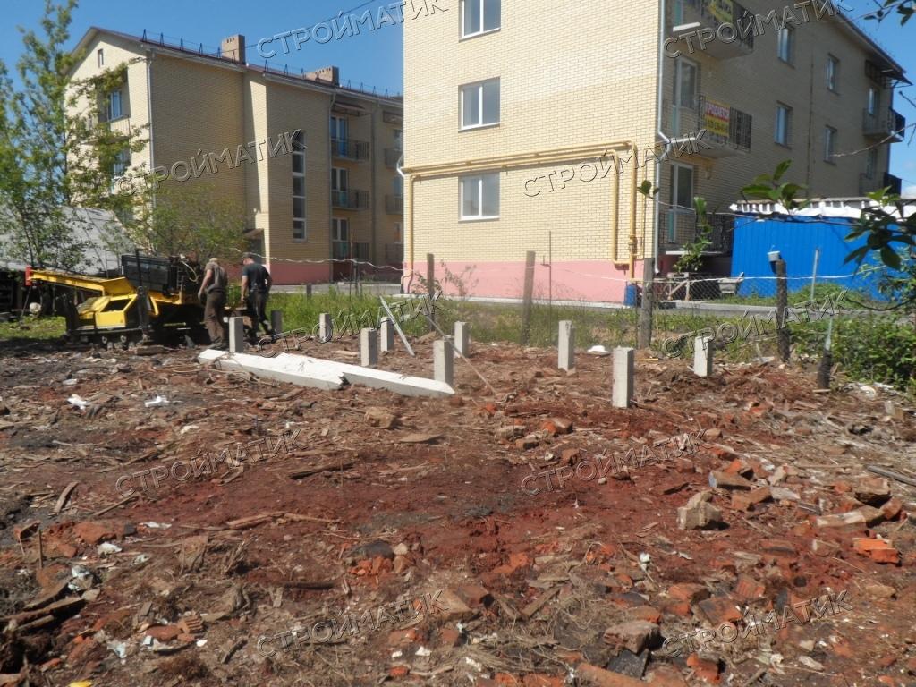 Фундамент на забивных ж/б сваях для каркасного дома в городе Ярославль от компании Стройматик