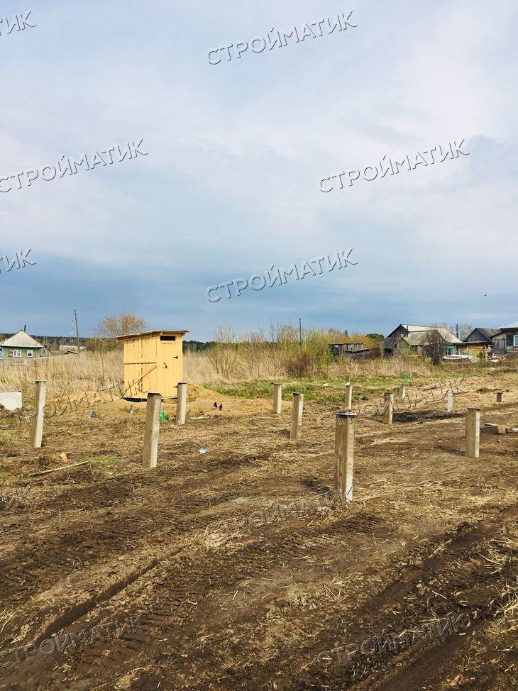 Фундамент на забивных ж/б сваях для каркасного дома в селе Ташара Новосибирской области от компании Стройматик