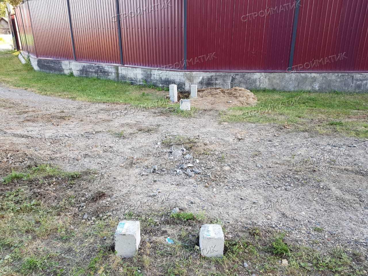 Фундамент на забивных ж/б сваях для гаража из бруса в селе Кафтанчиково Томской области от компании Стройматик