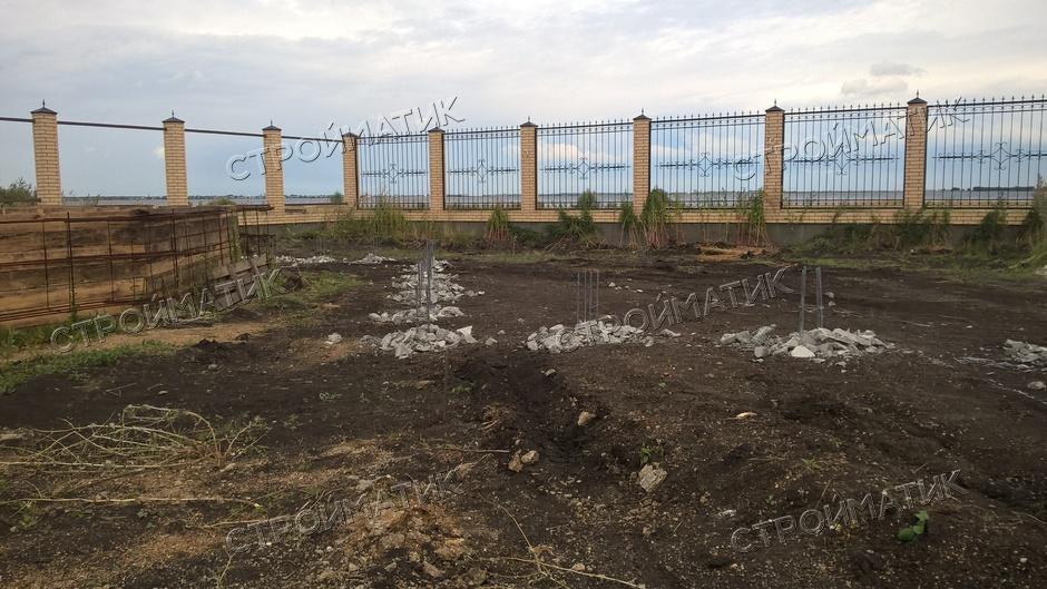 Фундамент на забивных ж/б сваях с бетонным ростверком для веранды в СНТ Солнечный Берег, Челябинск от компании Стройматик