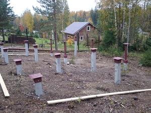 Фундамент для бани из бруса с верандой в Карелии