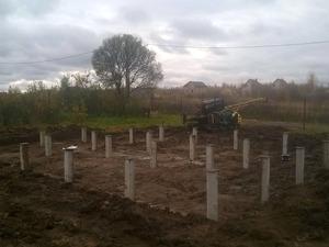 Фундамент для дома из бревна в селе Сновицы