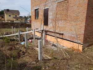 Фундамент для крыльца и террасы к кирпичному дому в поселке Родник
