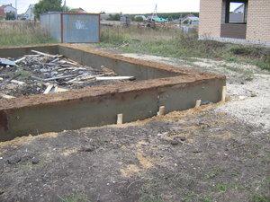 Фундамент на ж/б сваях для дома из газобетона в Задонске