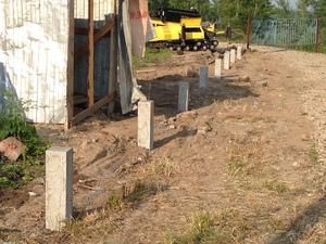 Фундамент для забора в городе Новосибирск, поселок Обь, СНТ Медтехника